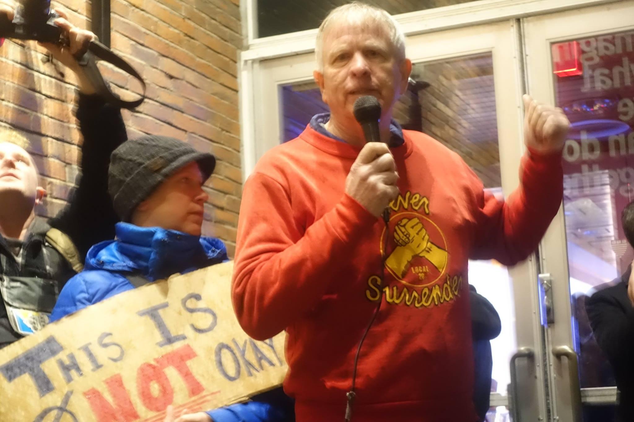 Harvard blockade bans neo-Nazi Bannon